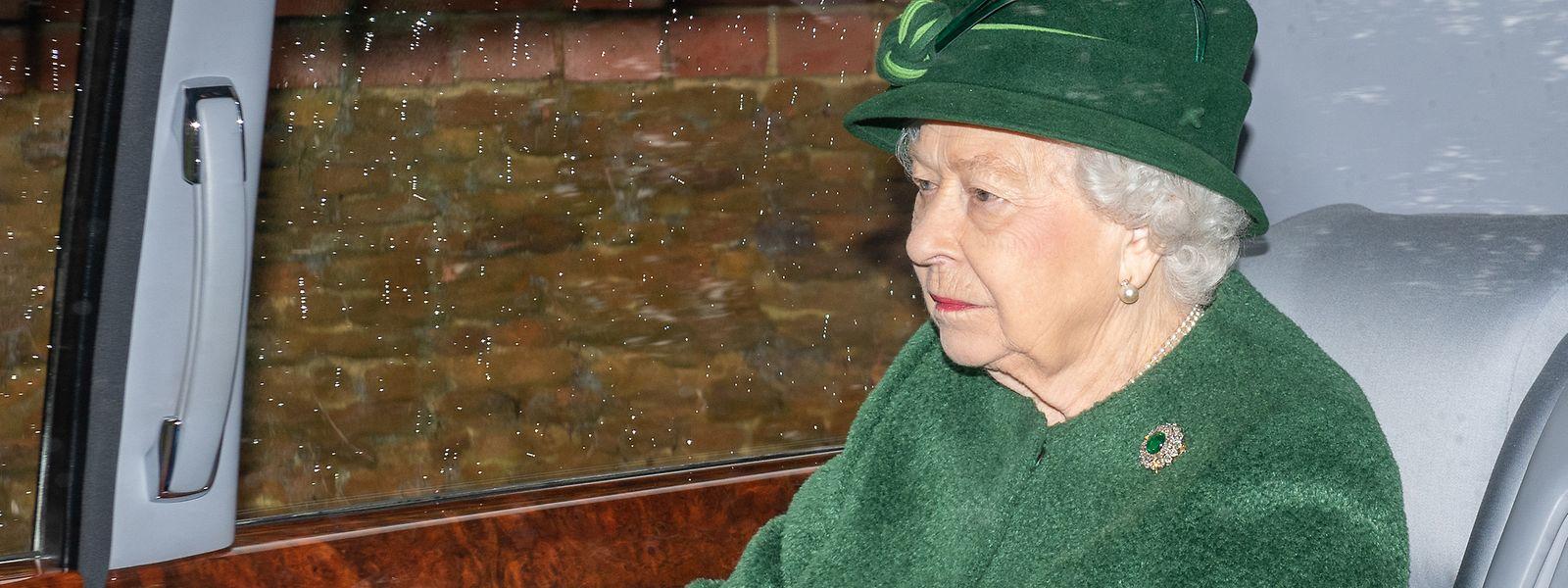 Harry und Meghans Entscheidung war nicht mit der Königsfamilie abgestimmt und soll dort für viel Enttäuschung und Ärger gesorgt haben.