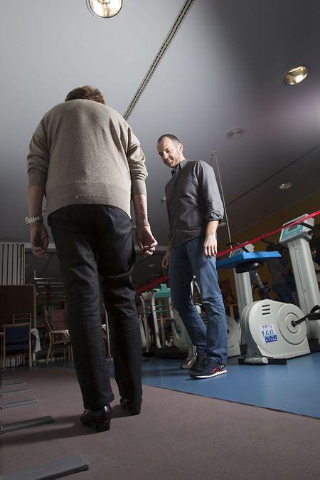 La marche pourrait aider à détecter une pré-démence et à retarder l'apparition d'une maladie neurologique.