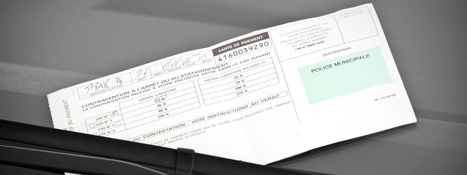Bußgelder, City-Maut, Pflichtversicherung im Ausland – dies sind zusätzliche Ausgaben, mit denen viele Urlauber im eigenen Auto nicht rechnen.