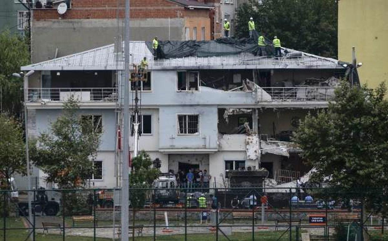 Die Polizeistation wurde durch die Explosion stark beschädigt.