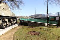 Beim Pattondenkmal führt die Sauerbrücke aus Ettelbrück in Richtung Diekirch. Parallel dazu wurde die neue Brücke gebaut. / Foto: Arlette SCHMIT-THIERING