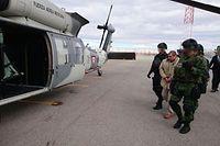 """Joaquín """"El Chapo"""" Guzmán bei seiner Auslieferung am Flughafen von Ciudad Juárez."""