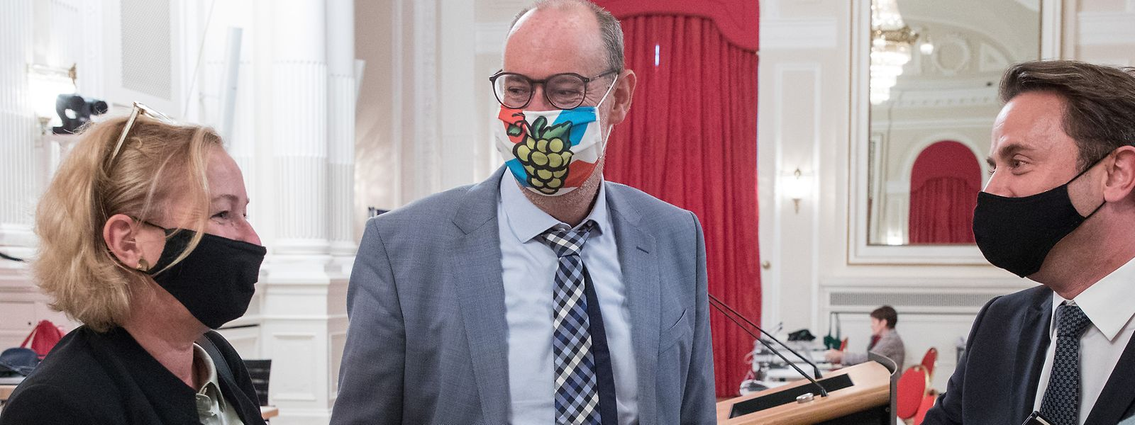 Chef de fraction DP, Gilles Baum (au centre) aura tenté de convaincre ses collègues députés d'adopter les nouveaux dispositifs dès ce mercredi. En vain.