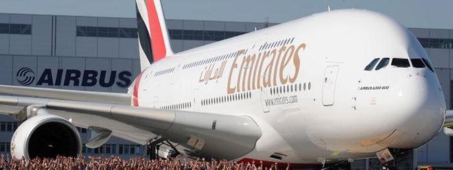 Emirates gehörte zu den Erstkunden der A380 - hier ein Foto einer Auslieferung aus dem Jahr 2008.