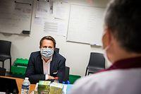 visite aménagements Covid-19 au CHEM - Xavier  Bettel - Paulette Lenert - - Foto: Pierre Matgé/Luxemburger Wort
