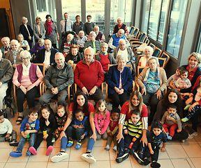""""""" Happy Birthday """" für 45 Bewohner im Blannenheem"""