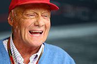 Knapp drei Monate nach seiner Lungentransplantation hat der dreifache Formel-1-Weltmeister Niki Lauda die Klinik wieder verlassen.