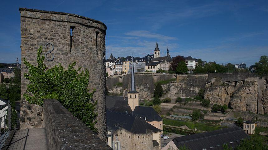 Zu Festungszeiten galten feste Öffnungszeiten. Waren die Tore geschlossen, so kam man nicht mehr in die Stadt hinein - und auch nicht mehr heraus.
