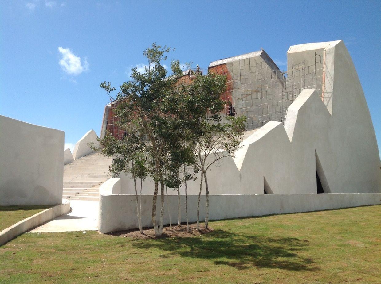 Termin eingehalten: Das Theater in Trancoso wurde zwei Tage vor der Eröffnung fertig.