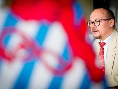 """Davon, dass der rote Löwe selbst eine """"Flag of Convenience sei, könne keine Rede sein"""", sagt Robert Biwer, Kommissar für maritime Angelegenheiten."""