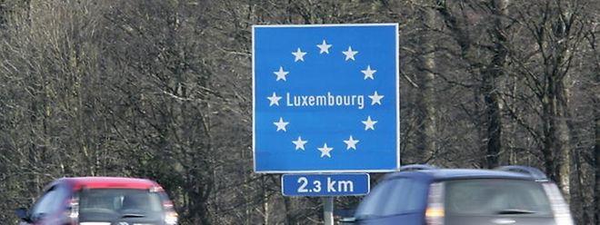 La frontière près de Sterpenich (Arlon). 43.000 frontaliers belges travaillent aujourd'hui au Grand-Duché.