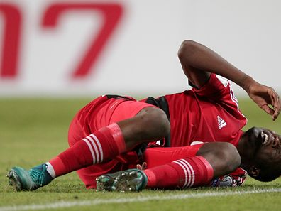 Christopher Martins ne verra pas les Pays-Bas. Le Lyonnais ne souffre pas de fracture, mais ses problèmes de dents l'empêchent de courir.