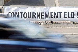 12.7.Bascharage / contournement / Probleme mit Sanem / Plakate u. Schiler Sanem-Bascharage Foto:Guy Jallay