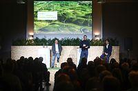 Lokales,Bürgerversammlung über Google Projekt in Bissen.Fabien Vieau,Frederic Descamps.Foto: Gerry Huberty/Luxemburger Wort