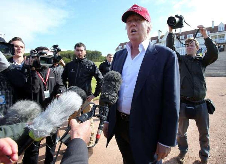 Donald Trump (69), Immobilienunternehmer, schmeißt mit reißerischen Parolen um sich und beherrscht damit nicht nur die Schlagzeilen, sondern auch die Umfragen. Der New Yorker hat fünf Kinder aus drei Ehen.