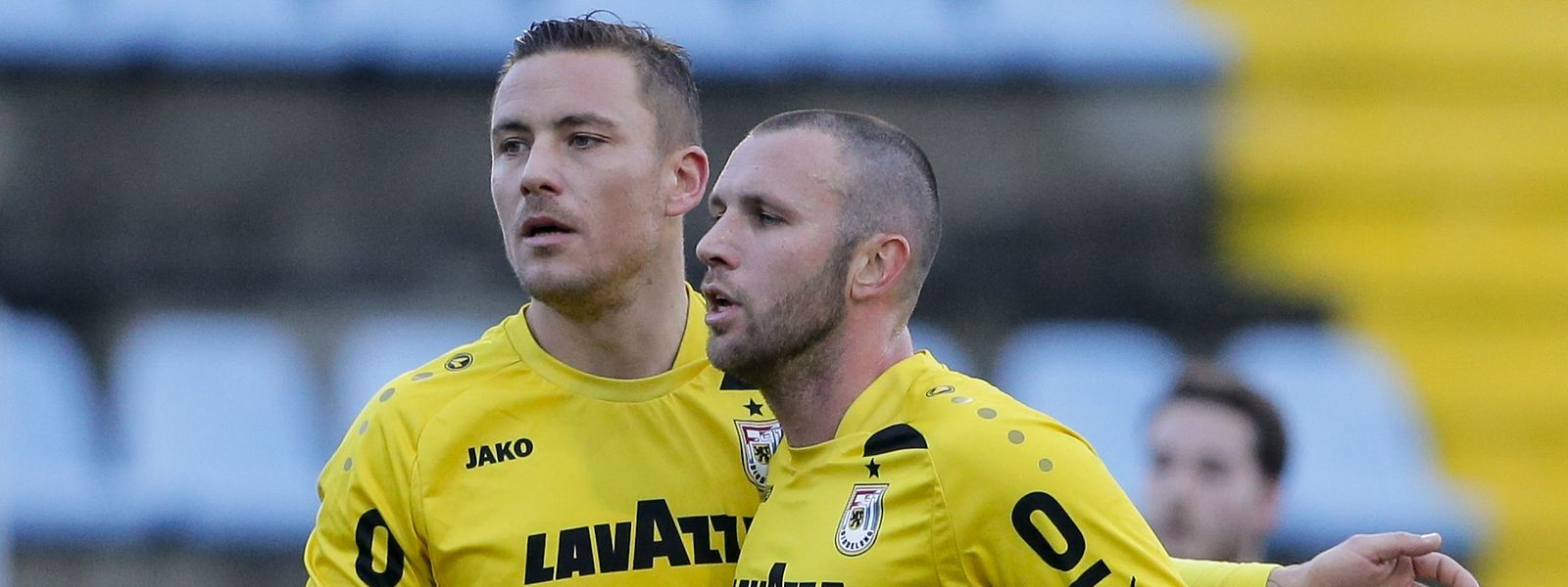 Düdelingens Tom Schnell und Marc-André Kruska (r.) haben im Viertelfinale eine schwierige Aufgabe vor der Brust.