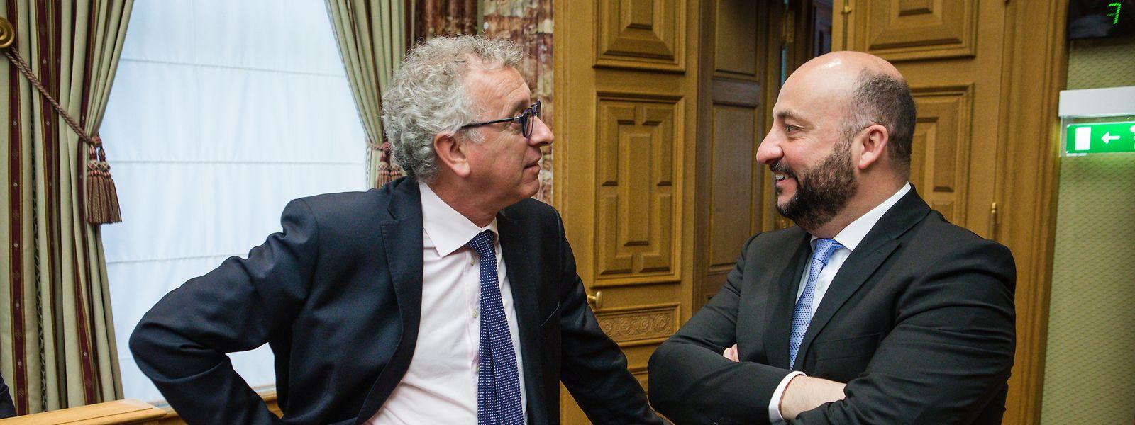 Ici en discussion avec le ministre des Finances, Etienne Schneider s'est félicité de la croissance et de la baisse du chômage