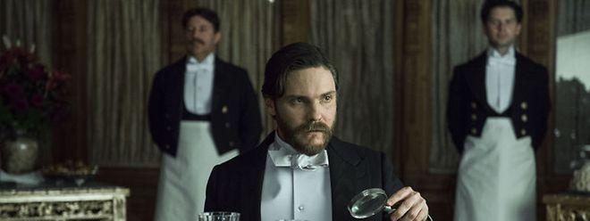 """Daniel Brühl als Dr. Laszlo Schweitzer in """"The Alienist"""""""