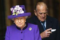 """ARCHIV - 24.11.2016, Großbritannien, London: Die britische Königin Elizabeth II. und ihr Ehemann Prinz Philip. (zu dpa """"Queen verpasst Taufe von Urenkel Prinz Louis"""" vom 09.07.2017) Foto: Andy Rain/EPA/dpa +++ dpa-Bildfunk +++"""