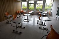 Lok , Vorbereitungen Rentree Primaner Athenee Luxembourg , Coronakrise , Sars-CoV-2 , Covid-19 , Salle de Classe , Bancs plus eloignes Foto:Guy Jallay/Luxemburger Wort