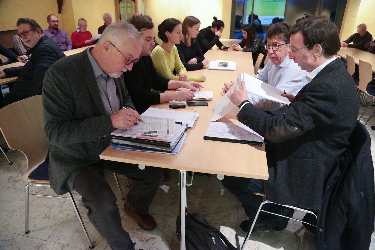 Nur wenige interessierte Bürger nahmen an der Informationsversammlung teil.