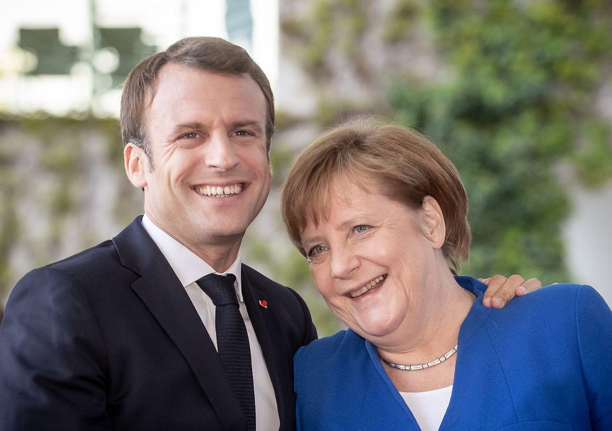 Merkel beschwört ihr gutes Verhältnis zum französischen Präsidenten Macron - trotz offensichtlicher Differenzen.
