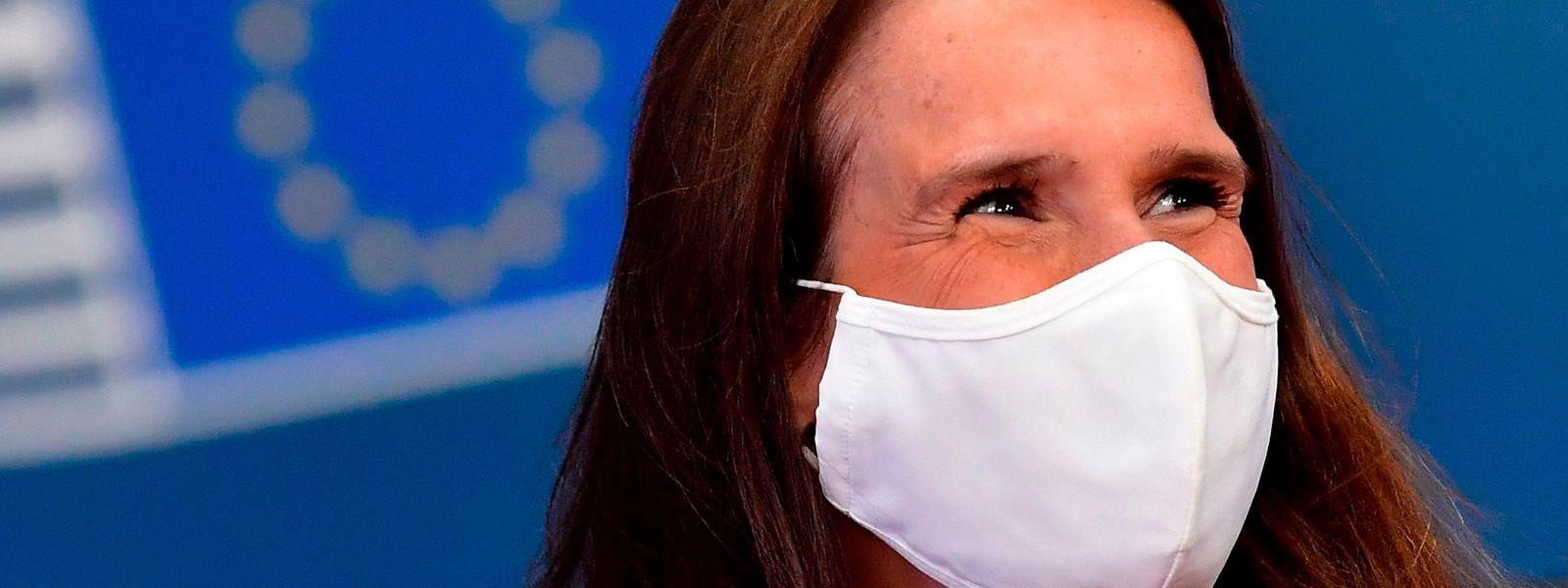 Si la Première ministre Sophie Wilmès a géré l'urgence de la pandémie sanitaire, la relance nécessiterait elle un «vrai gouvernement», estime le patron de la FEB, Pieter Timmermans.
