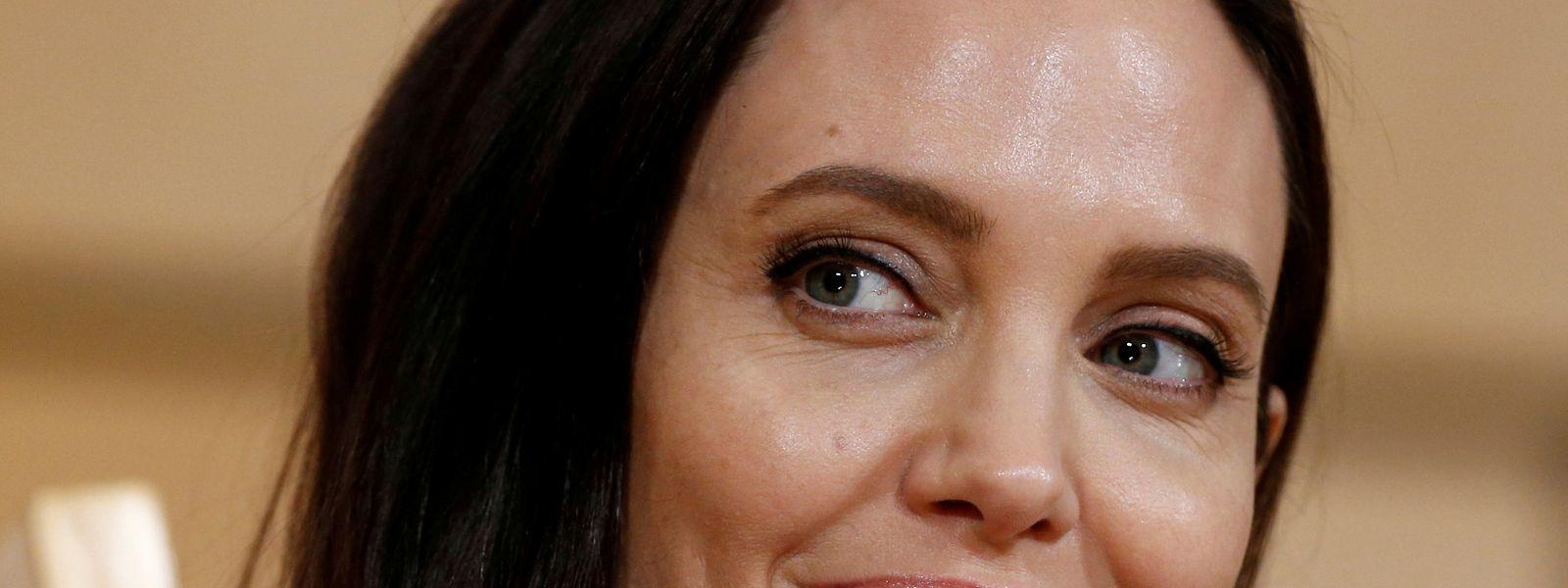 Angelina Jolie findet es lächerlich, als Sexsymbol angesehen zu werden.