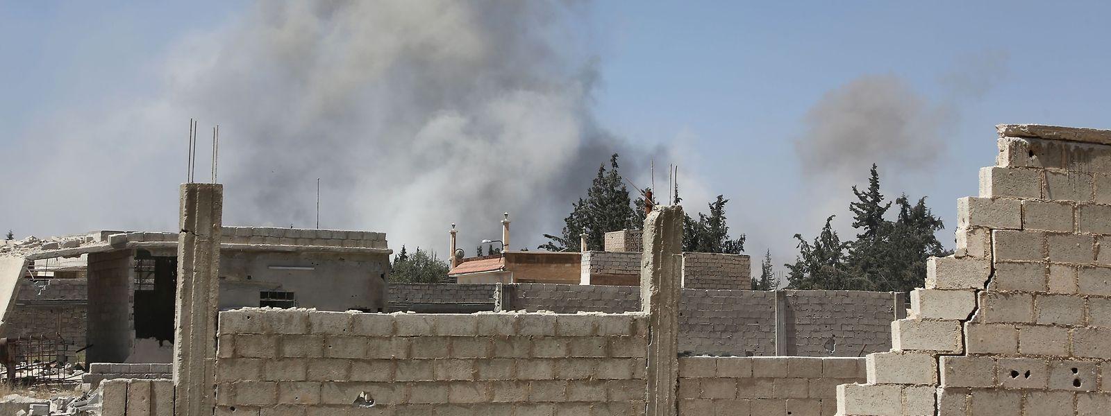Die Stadt Duma liegt in Trümmern. Die letzten Rebellen sollen die Stadt sicher verlassen können.