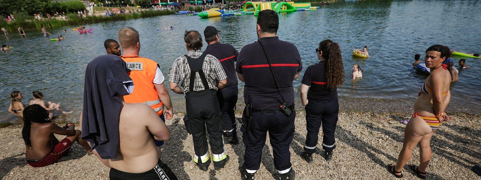 Les opérations de recherche dans le lac de Remerschen.