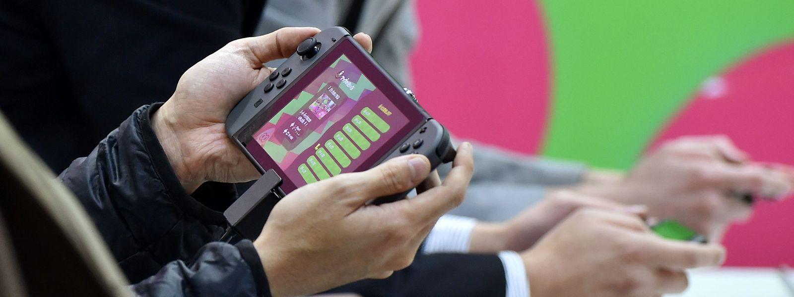 Le fabricant nippon n'a toujours rien dit sur la sortie éventuelle d'une nouvelle version de la Switch dans le courant de cette année.