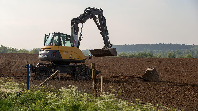 Bereits am Anfang der Woche wurde mit den Vorbereitungsarbeiten zum Aufrichten des Messmastes begonnen