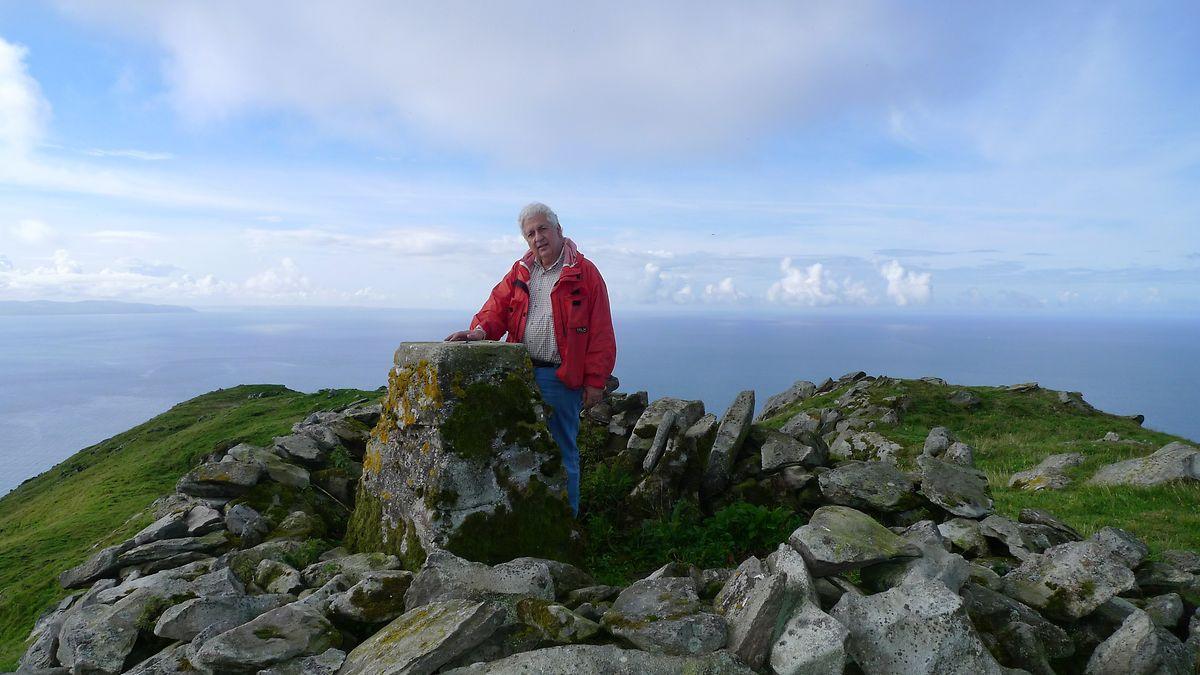 Farhad Vladi auf Ailsa Craig in Schottland - die einsame Insel wird Zivilisationsflüchtlingen von Vladi Private Islands angeboten.