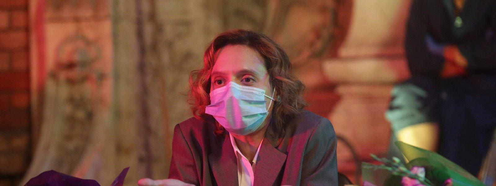 "Katia Pascariu (ob.) spielt die Hauptrolle im Wettbewerbsbeitrag ""Bad Luck Banging or Looney Porn""."