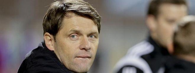 Nationaltrainer Luc Holtz wird seine Akteure gegen Charleroi erstmals in diesem Jahr unter die Lupe nehmen können.