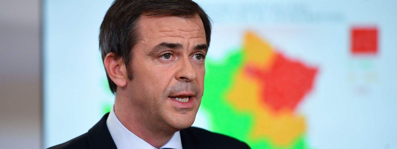 Olivier Véran, ministre de la Santé français, a annoncé que les Ehpad accueillant des seniors resteraient confinés.