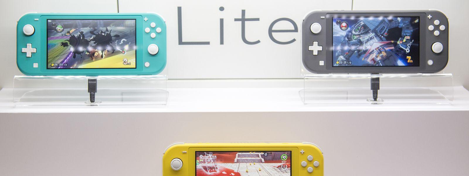 Nintendos Switch Lite kommt in den Farben Türkis, Grau und Gelb in den Handel.