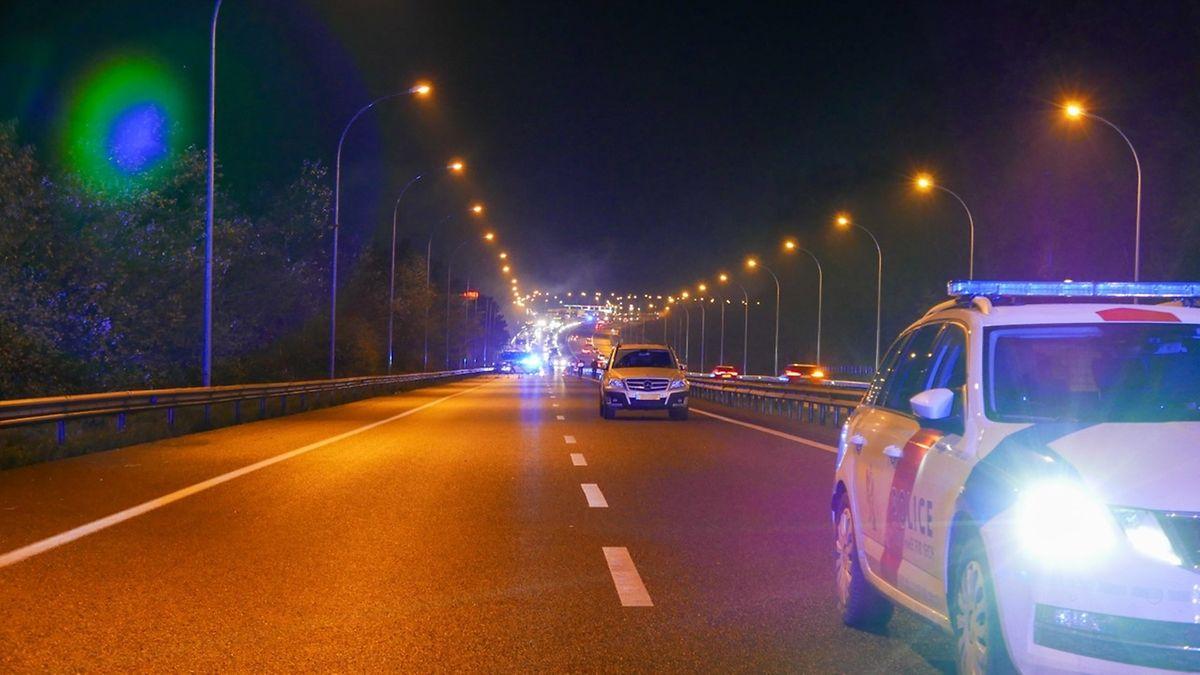 Die Autobahn ist am Mittwoch wieder normal für den Verkehr freigegeben.