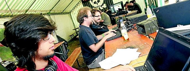 Noch bis Sonntagabend können sich die 80 Hacker aus fünf Nationen austauschen und weiterbilden.