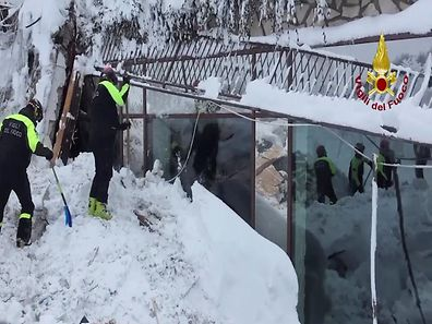 A still image taken from a video shows firefighters working at Hotel Rigopiano in Farindola, central Italy, after it was hit by an avalanche, January 20, 2017 provided by Italy's Fire Fighters. Vigili del Fuoco/Handout via REUTERS    ATTENTION EDITORS - THIS IMAGE WAS PROVIDED BY A THIRD PARTY. EDITORIAL USE ONLY.