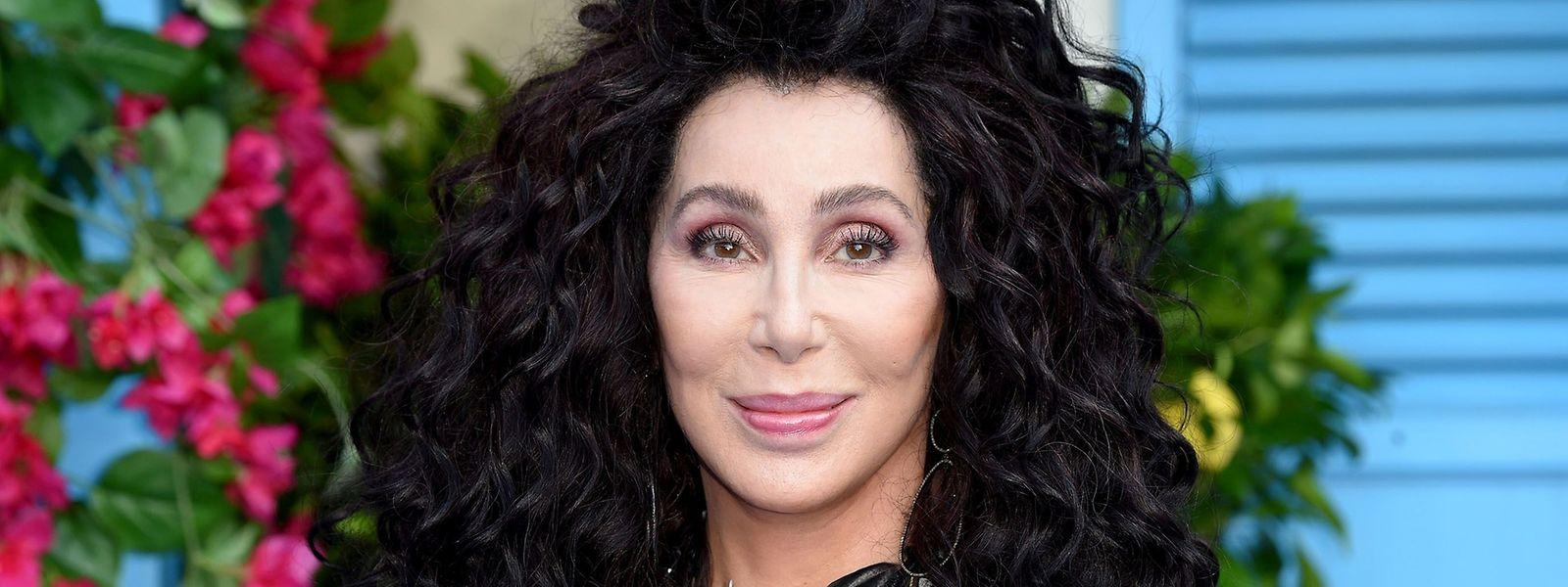 """L'album a été enregistré et produit à Londres et à Los Angeles avec le collaborateur de longue date de Cher, Mark Taylor, à l'origine du tube mondial de la chanteuse, """"Believe""""."""