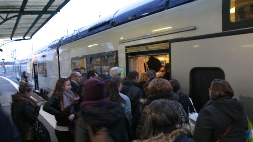 Les voyageurs vivent à nouveau un calvaire dans leurs trajets quotidiens en train entre la France et le Luxembourg.