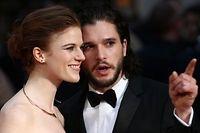 """Kit Harington (R) et Rose Leslie s'étaient rencontrés sur le plateau du tournage de """"Game of Thrones""""."""