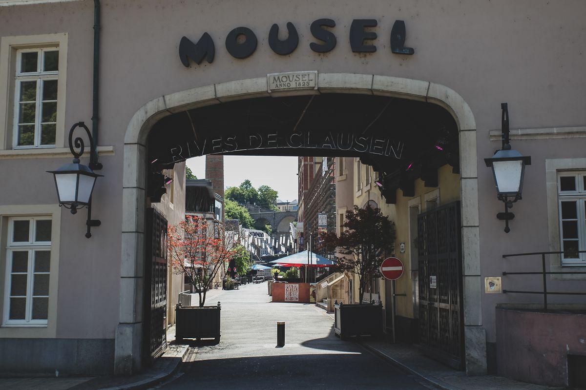 As Rives de Clausen vivem desde 2008 na antiga fábrica de cerveja Mousel. Desde o século XVI que se produz cerveja no bairro de Clausen, classificado como património da humanidade pela UNESCO.