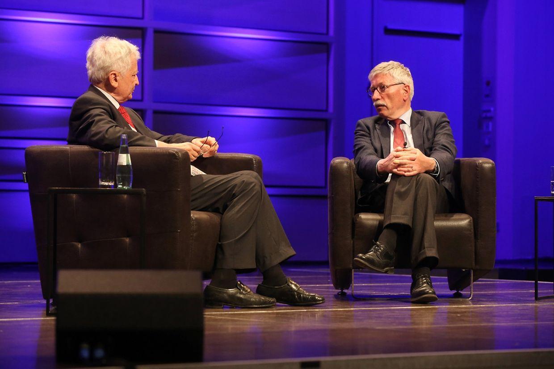 Moderator Manfred Osten (l.) gab die Richtung des Gesprächs vor.