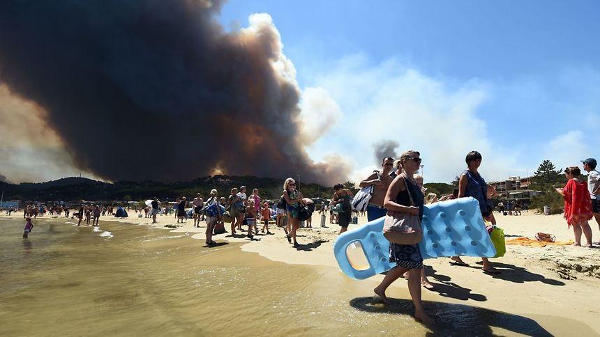 Waldbrände in Südfrankreich wüten weiter