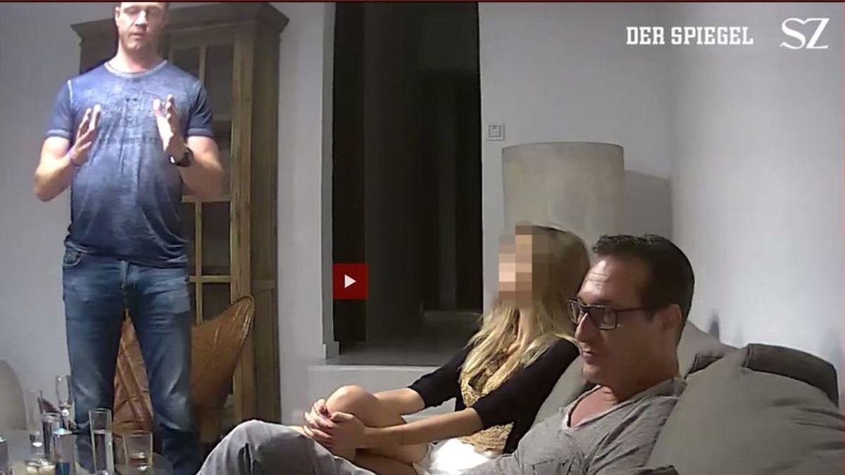 Screenshot d'une partie de la vidéo diffusée vendredi soir par Der Spiegel et Süddeutsche Zeitung montrant Heinz-Christian Strache dans une villa d'Ibiza en 2017.