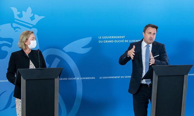 Prime Minister Xavier Bettel (right) and Health Minister Paulette Lenert at an earlier press conference