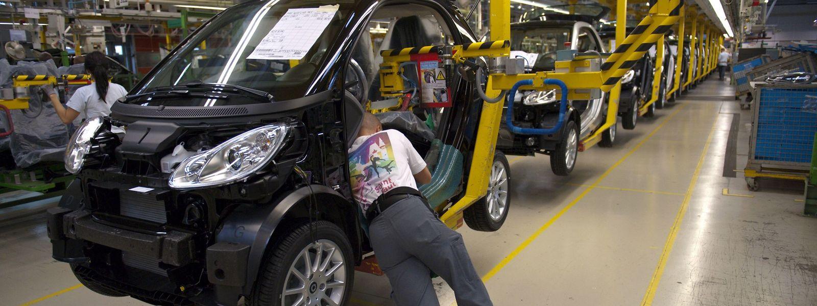 Paris a demandé une contre-expertise sur le projet de vente par Daimler de son usine de Hambach qui produit la Smart.