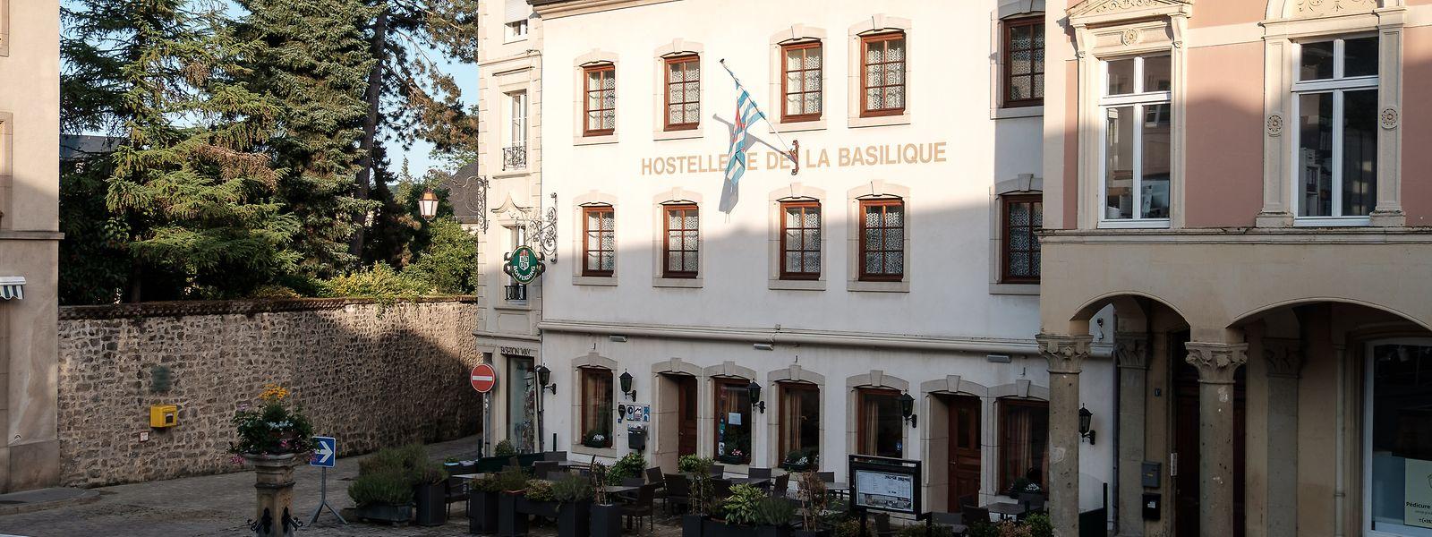 Dieses Hotel am Echternacher Marktplatz schließt im Oktober. Laut den Ergebnissen der Studie werden viele, besonders kleinere Betriebe im Müllerthal folgen.